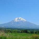 西から見た富士山
